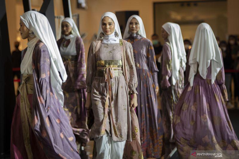 Sandiaga: Sinergi dan inovasi untuk mendorong busana Muslim mendunia