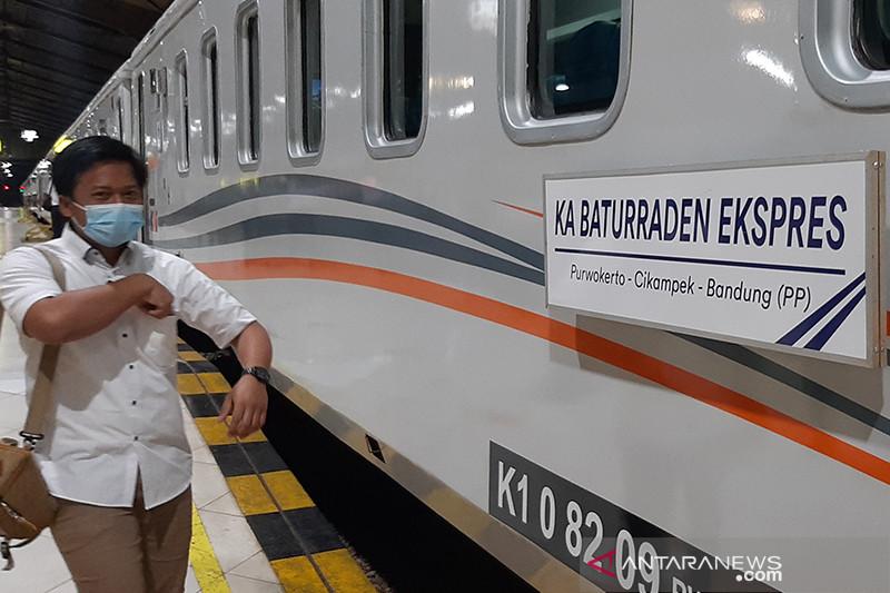 KAI Purwokerto batalkan delapan perjalanan KA selama PPKM Darurat