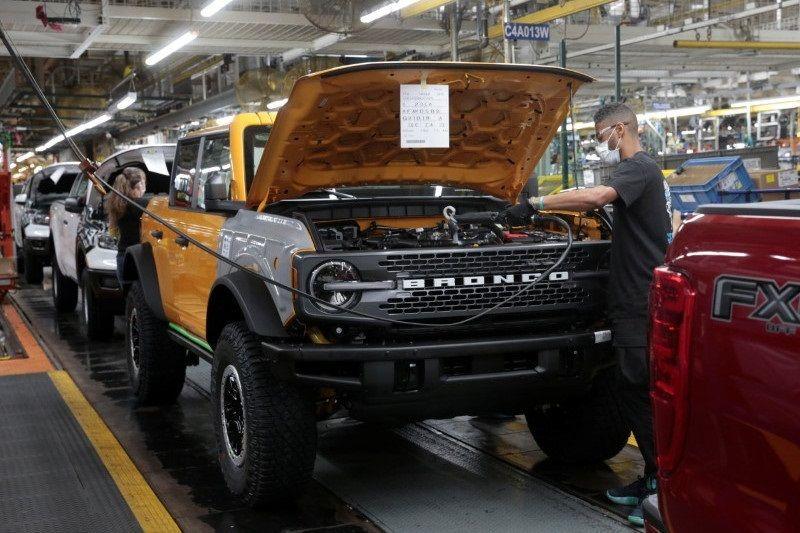 Ford tunda pembukaan kantor untuk karyawan, pertimbangkan wajib vaksin