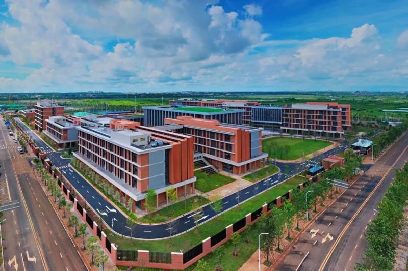Harrow School buka kampus baru di Pelabuhan Perdagangan Hainan