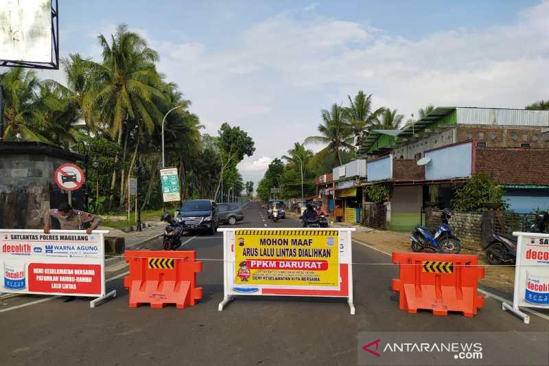 Empat titik akses menuju Candi Borobudur ditutup