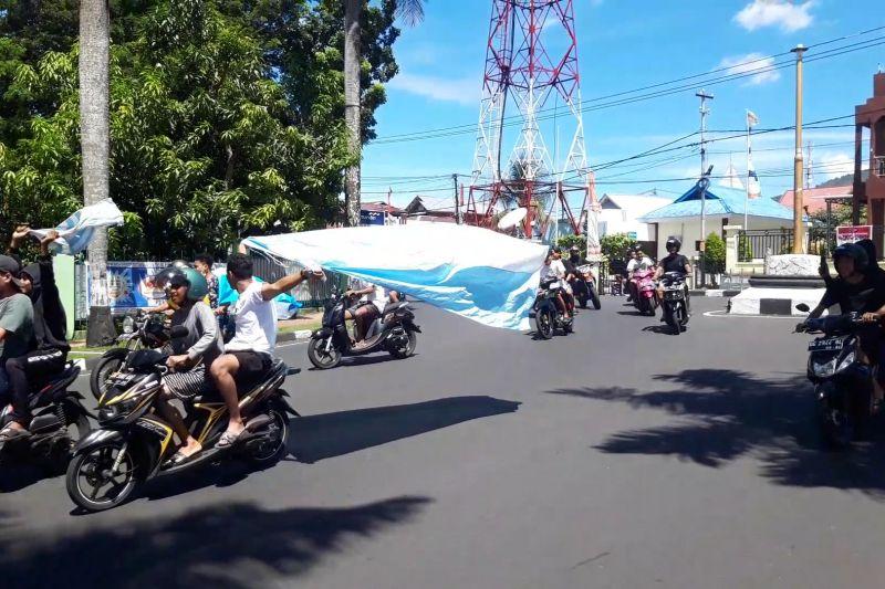Polisi membubarkan konvoi pendukung Timnas Argentina di Ternate