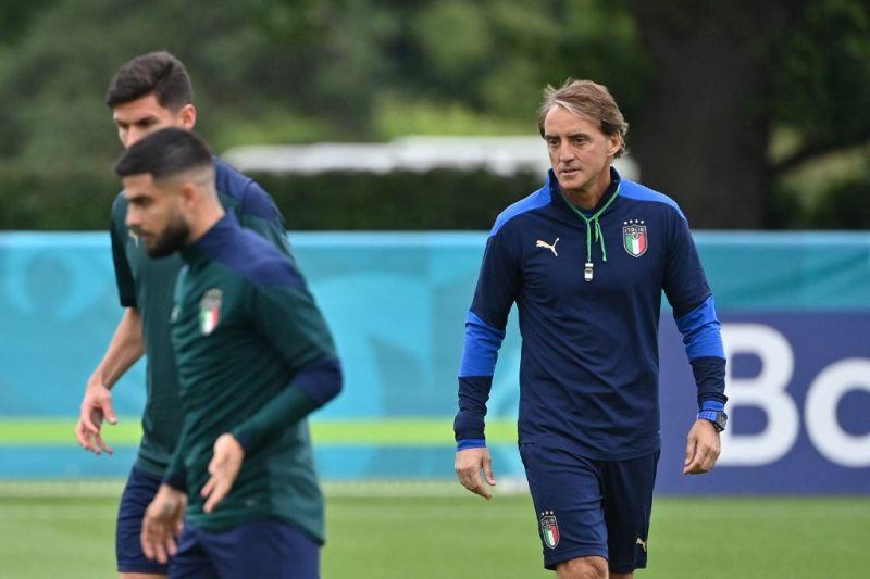 Pelatih Mancini ingin Italia juarai Euro 2020 dengan sepak bola menyerang