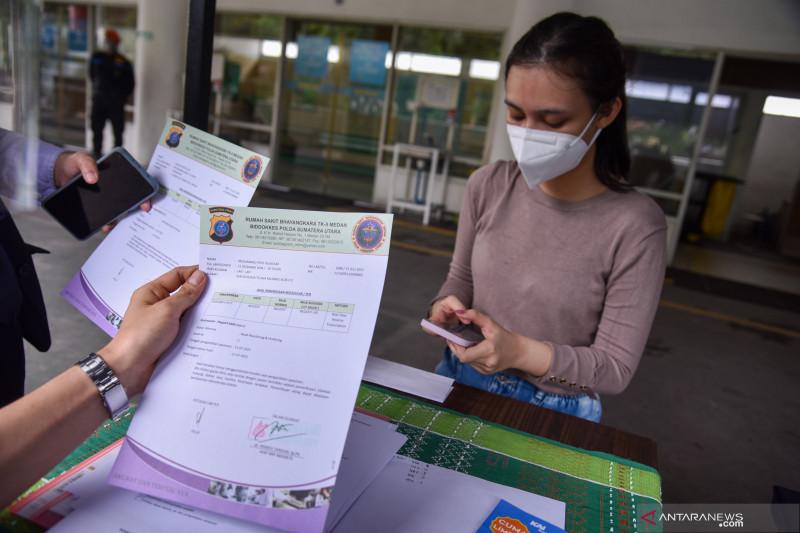 Kejari Medan titipkan tersangka jual-beli vaksin di Rutan