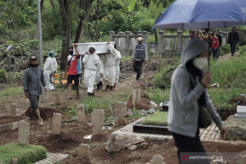 Polisi siagakan personel di TPU Cikadut Bandung cegah pungli