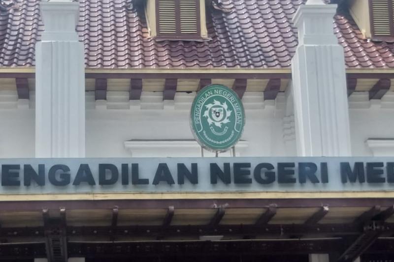 Wali kota Tanjung Balai non aktif diadili dalam kasus suap