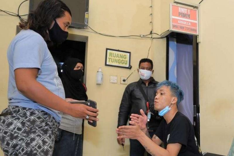 Polisi tangkap pencuri boneka pocong alat sosialisasi prokes di Madiun