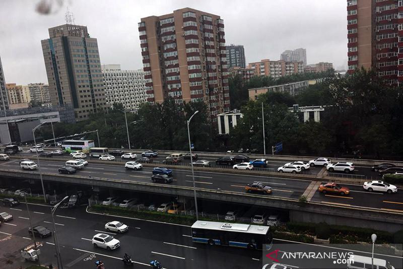Beijing dan kota di China terancam banjir, perusahaan terapkan WFH