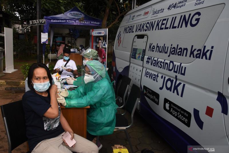Mobil vaksinasi keliling di Jakarta