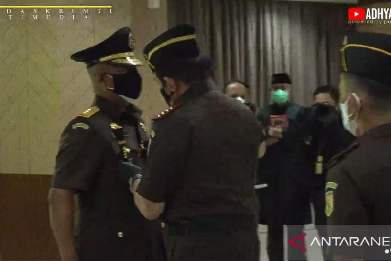 Laksda Anwar Saadi resmi menjabat JAMPidmil pertama Kejaksaan Agung