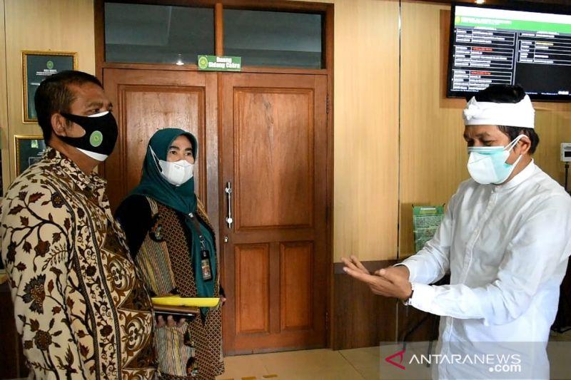 Dedi Mulyadi titip uang ke pengadilan untuk denda pelanggar PPKM