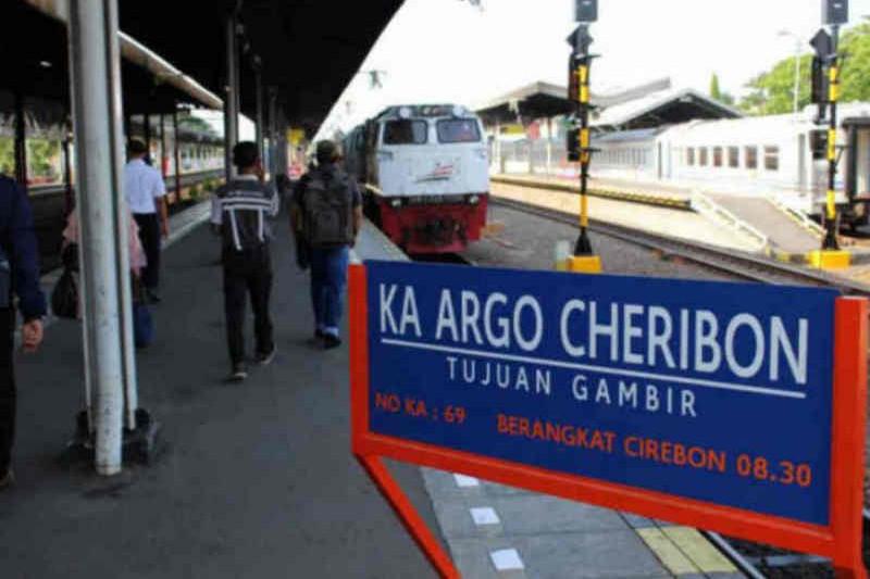 KAI Cirebon: Penurunan penumpang pada PPKM Darurat capai 90 persen