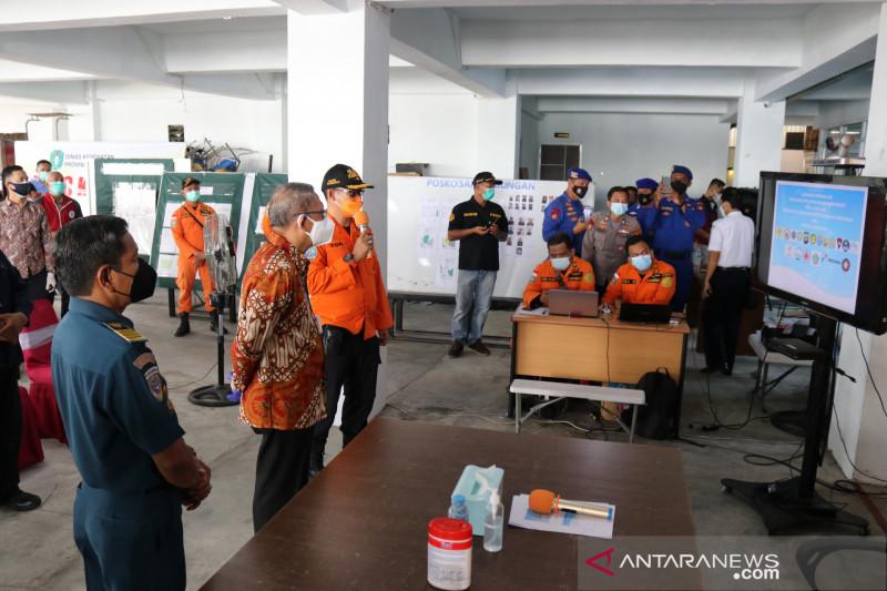 Gubernur Kalbar harapkan masih ada korban kapal tenggelam yang selamat