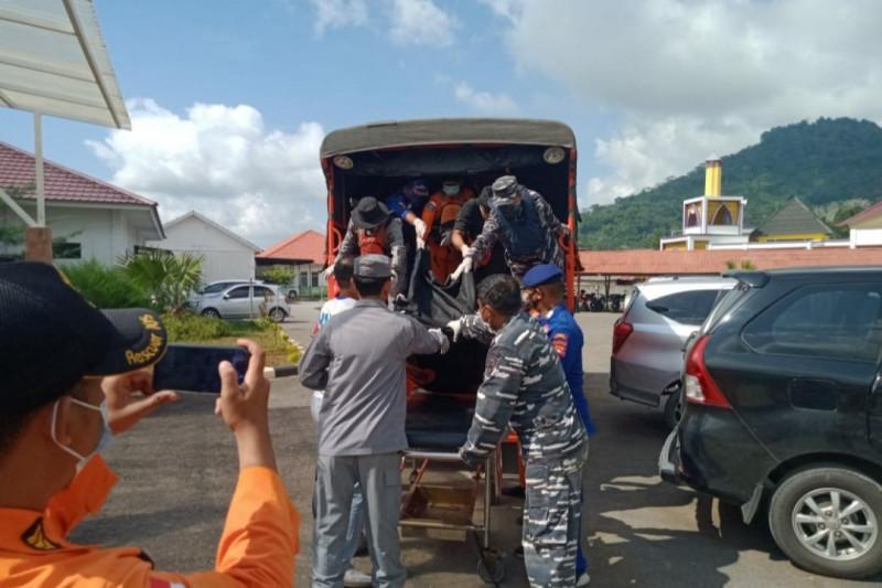 TNI AL kerahkan dua pesawat udara bantu pencarian nelayan tenggelam