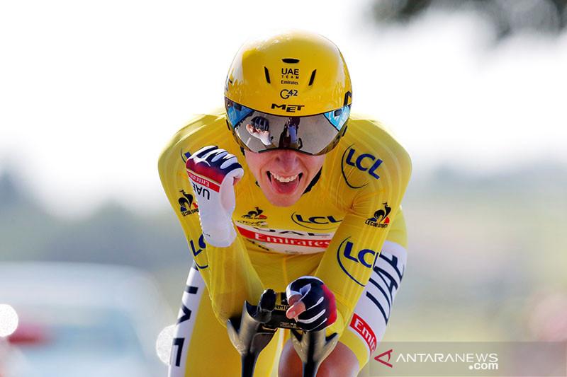 Pogacar selangkah lagi pertahankan gelar Tour de France