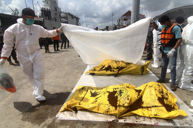 Korban kapal tenggelam di perairan Kalbar ditemukan 21 meninggal