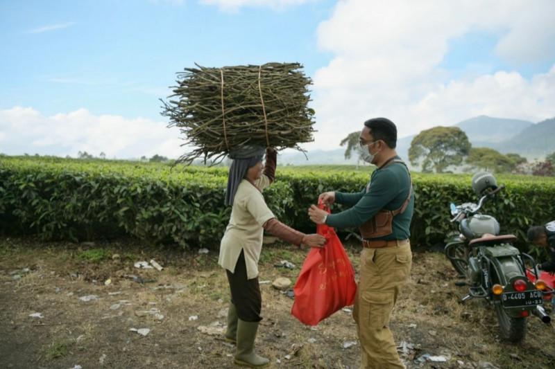 64 persen warga Jawa Barat menerima bantuan sosial: gubernur