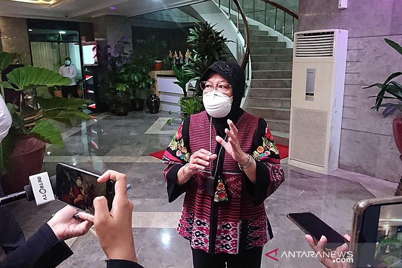 Risma dorong Himbara akselerasikan salur bansos via kartu-el