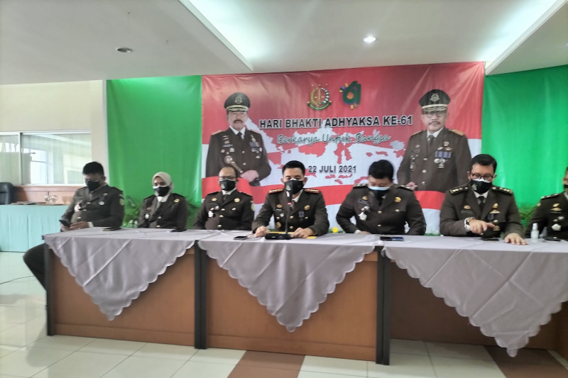Kejari Jakarta Barat selamatkan uang negara senilai miliaran