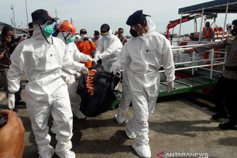 Tim SAR Gabungan lakukan penyelaman cari nelayan tenggelam di Kalbar