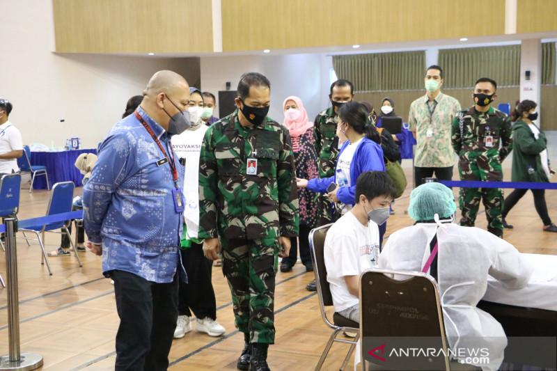 TNI AU dukung percepatan vaksinasi di sentra ekonomi kreatif Jabar