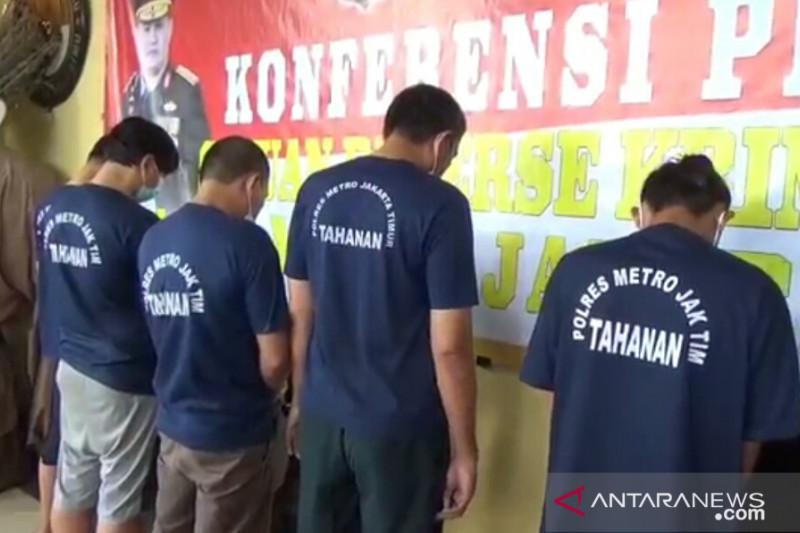Hukum Jakarta sepekan, Kepala Rutan ditangkap hingga surat PCR palsu
