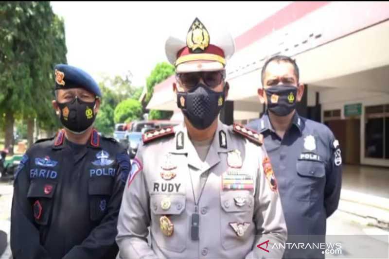 Polda Jawa Tengah perpanjang penutupan 27 pintu keluar Tol Jateng