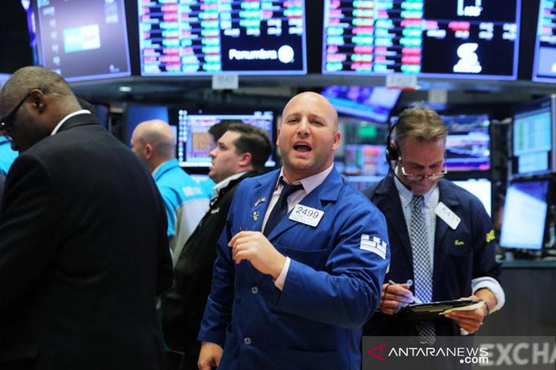 Wall Street naik tipis, ditopang sektor teknologi dan data ekonomi AS