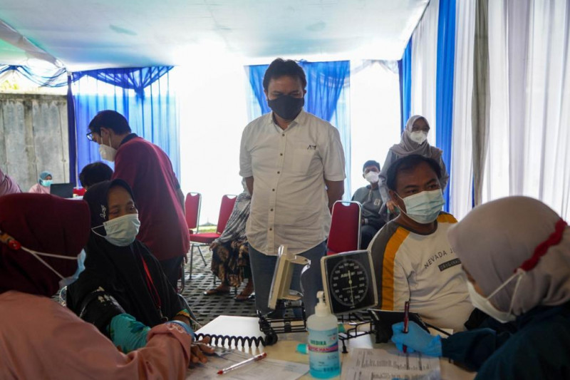 Peruri gelar vaksinasi gratis untuk warga Karawang
