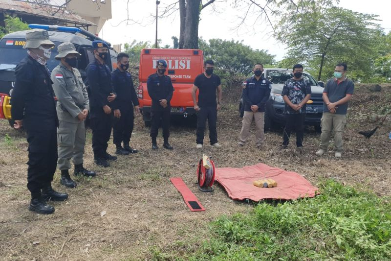 Polisi sebut bom lontong milik teroris Poso berdaya ledak tinggi