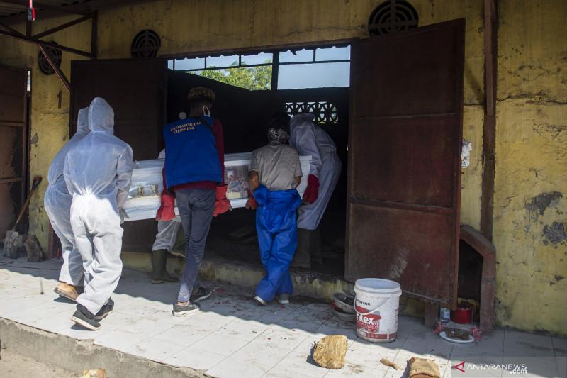 Jakarta kemarin, perpanjangan PPKM hingga calo kremasi