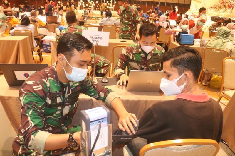 1.052 warga target vaksinasi dosis kedua Lanud Sri Mulyono Herlambang