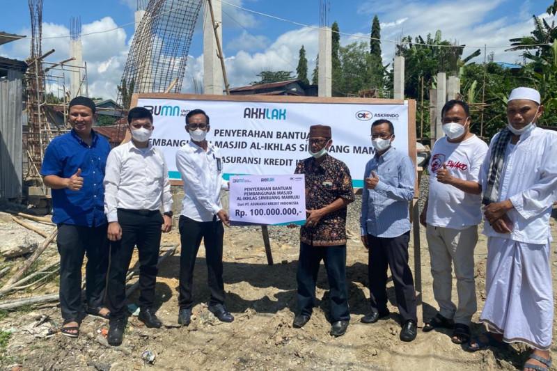 Askrindo salurkan bantuan pembangunan masjid di Mamuju