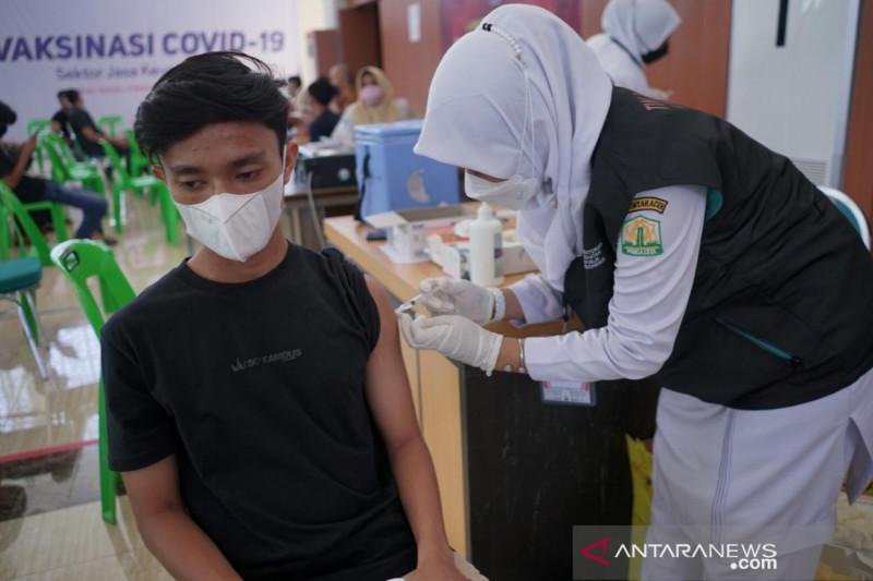 Penerima vaksin COVID-19 lengkap capai 18,1 juta orang