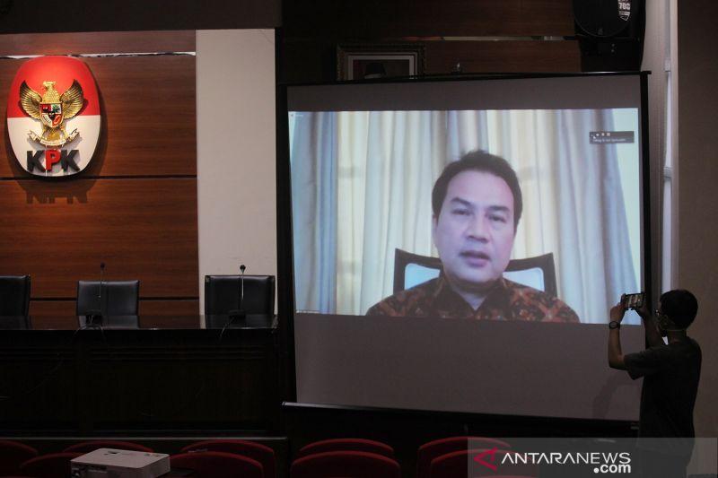 Azis Syamsuddin bersaksi dalam kasus suap mantan penyidik KPK