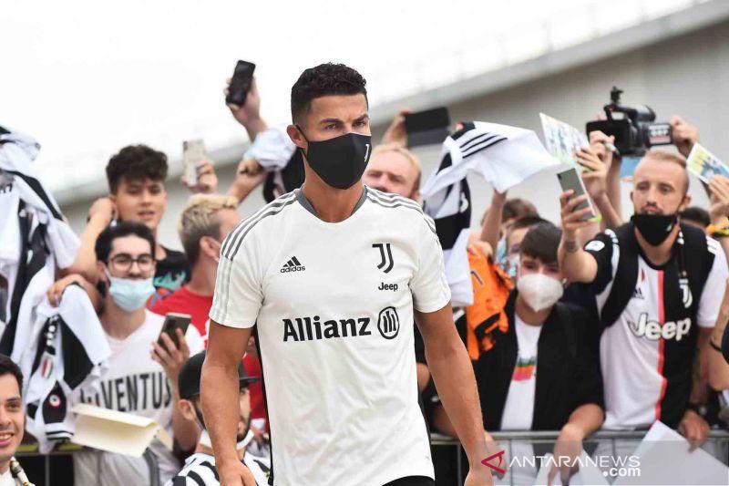 Jelang musim baru, Ronaldo jalani tes kesehatan di Juventus