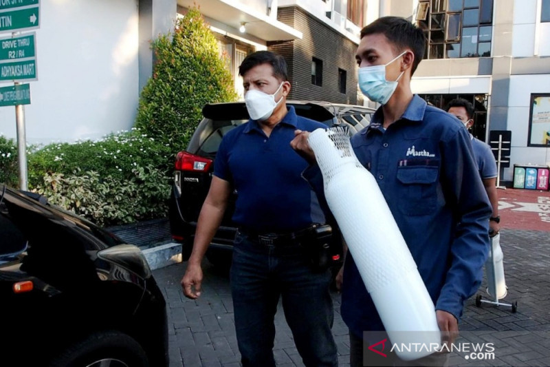 Kejari Surabaya amankan penjual oksigen perdagangkan harga tak wajar