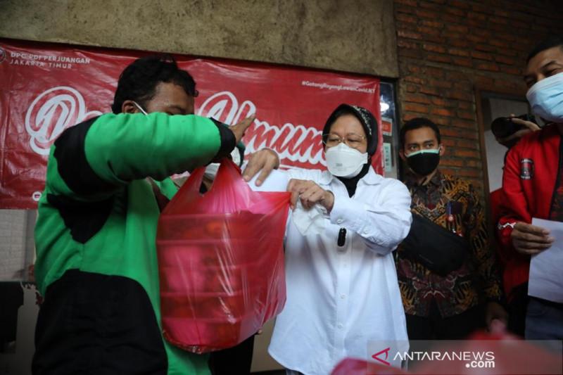 Mensos Risma yakinkan gotong-royong bisa ringankan pandemi COVID-19