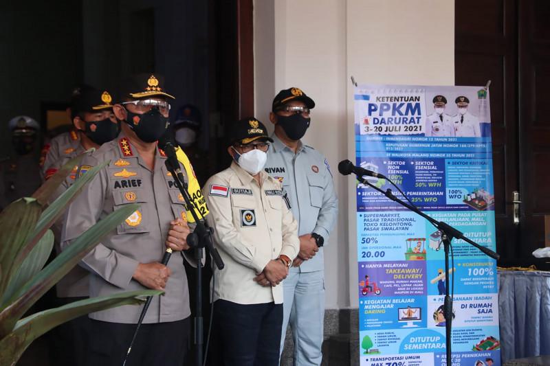 Kabaharkam Polri cek penanganan COVID-19 di Kota Malang dan Batu