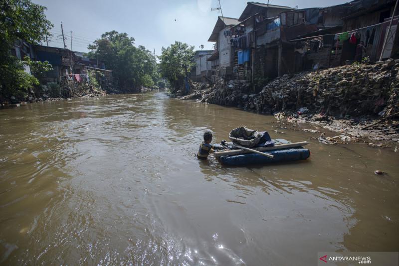Suparno, kisah pengabdian penjaga sungai