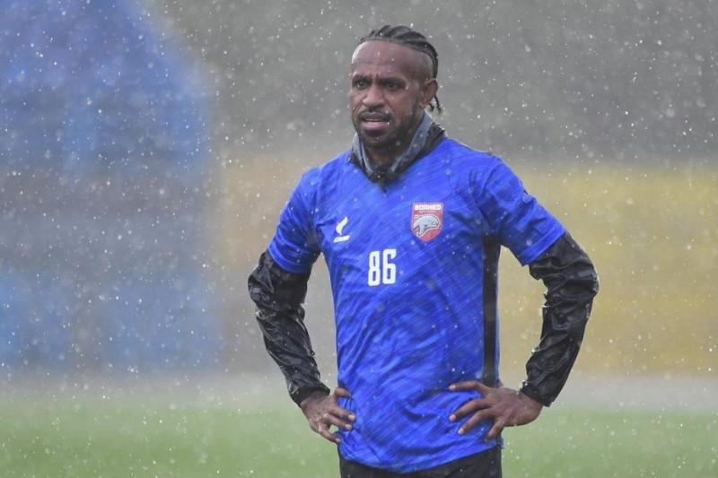 Boaz Solossa mulai gabung latihan bersama Borneo FC