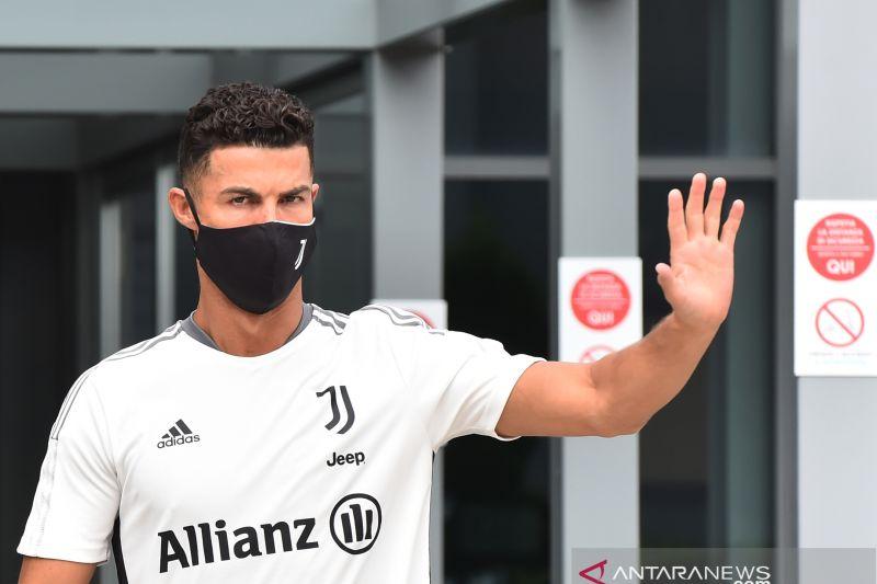 Seorang pemain positif COVID-19, skuad Juventus harus jalanani isolasi