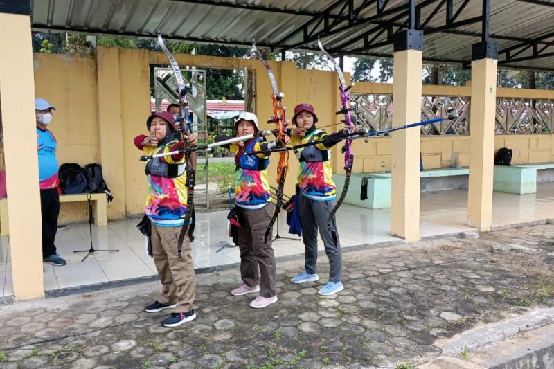 Atlet panahan Lampung terus berlatih hadapi PON Papua