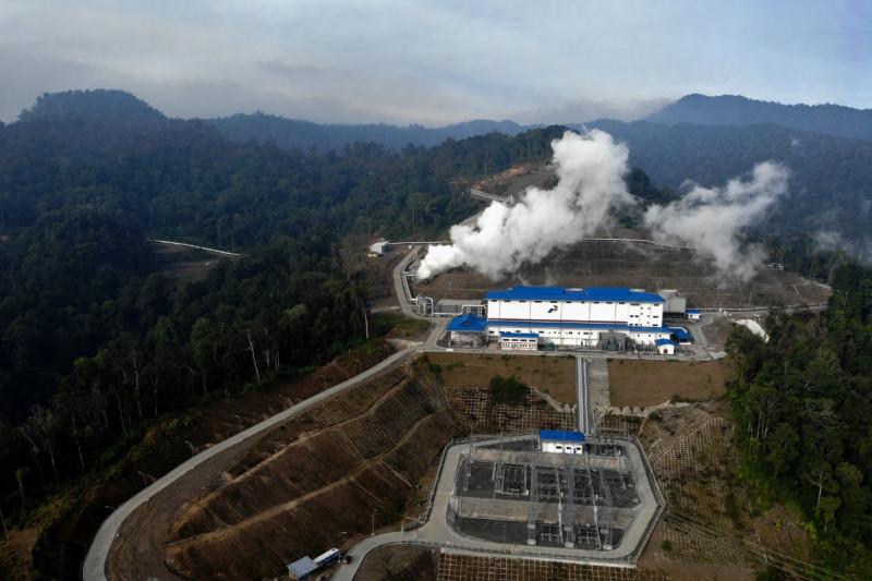 Holding BUMN panas bumi bantu pencapaian target energi baru terbarukan