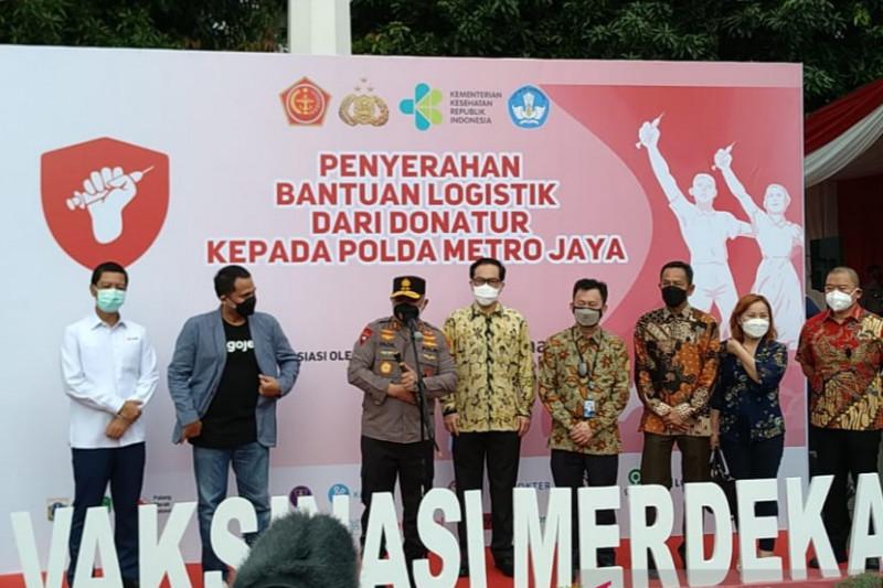 Polda Metro Jaya terima bantuan logistik untuk Vaksinasi Merdeka