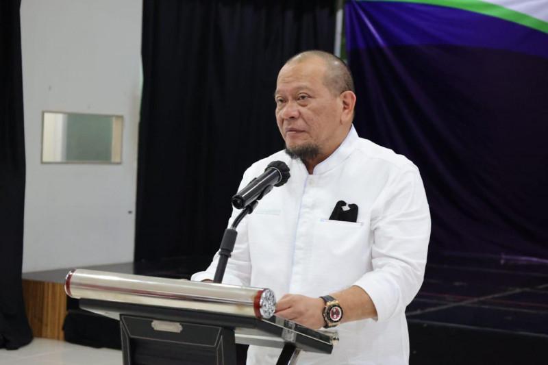 Ketua DPD RI minta Bulog Jatim percepat distribusi beras bantuan PPKM
