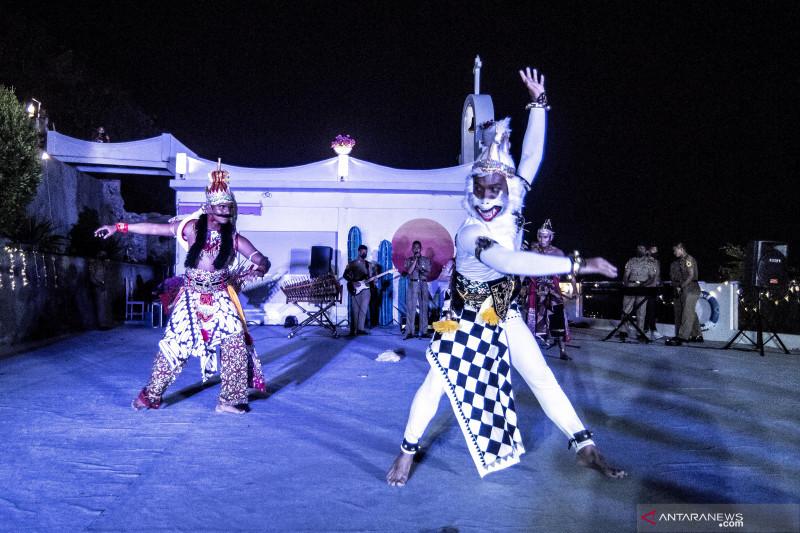 Pagelaran malam kesenian Taruna AAL thumbnail