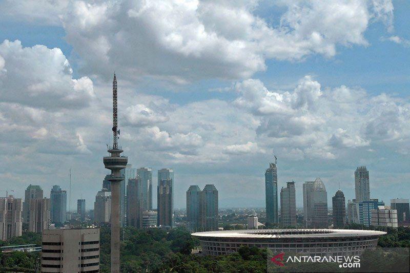 Jakarta cerah berawan pada Selasa siang hingga malam