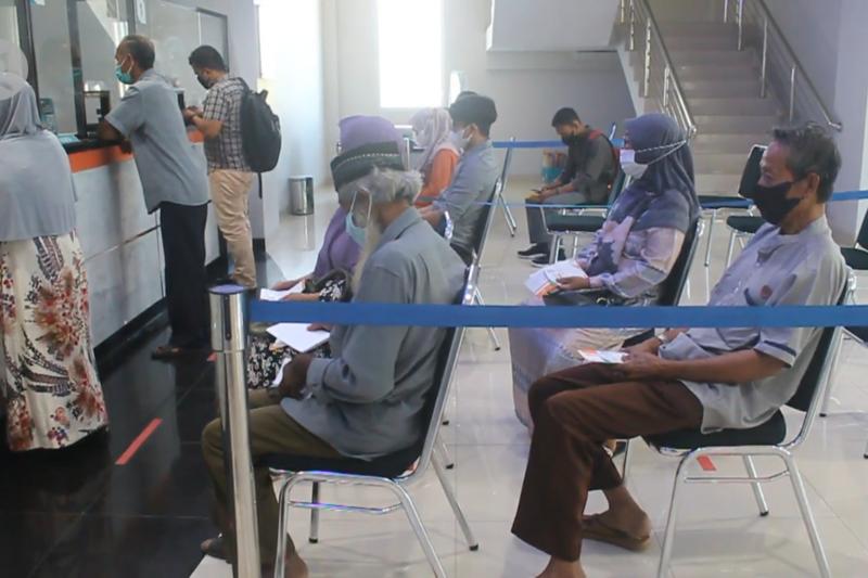 BSI Meulaboh salurkan bansos nontunai kepada 35.960 penerima