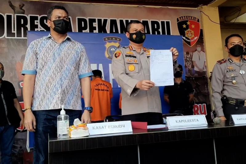 Polisi Pekanbaru ungkap pemalsu surat keterangan swab PCR